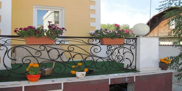 кованые садовые изделия