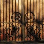 кованые заборы ворота калитки